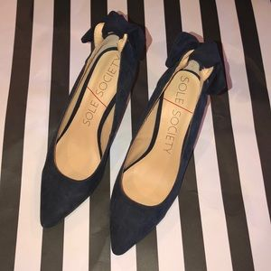 Sole Society Navy Suede Bow Maisey Heel Size 6